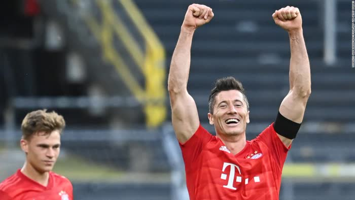 In eerie silence, Bayern Munich closes in on Bundesliga title